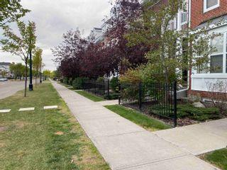 Photo 5: 1062 GAULT Boulevard in Edmonton: Zone 27 Townhouse for sale : MLS®# E4261913
