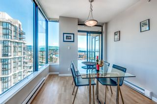 """Photo 5: 1903 11 E ROYAL Avenue in New Westminster: Fraserview NW Condo for sale in """"""""THE RESIDENCES OF VICTORIA HILL"""""""" : MLS®# R2354217"""