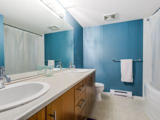 "Photo 14: 112 700 KLAHANIE Drive in Port Moody: Port Moody Centre Condo for sale in ""THE BOARDWALK"" : MLS®# R2019414"