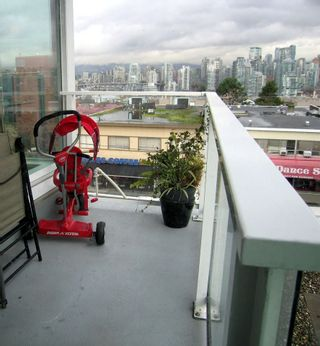 """Photo 13: 405 2550 SPRUCE Street in Vancouver: Fairview VW Condo for sale in """"SPRUCE (BY INTRACORP)"""" (Vancouver West)  : MLS®# R2045533"""