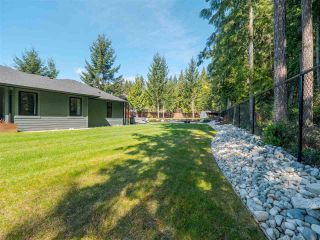 Photo 33: 5324 STAMFORD Place in Sechelt: Sechelt District House for sale (Sunshine Coast)  : MLS®# R2564542