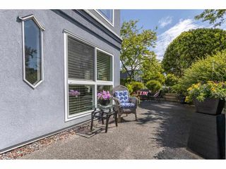 """Photo 27: 101 15941 MARINE Drive: White Rock Condo for sale in """"The Heritage"""" (South Surrey White Rock)  : MLS®# R2591259"""