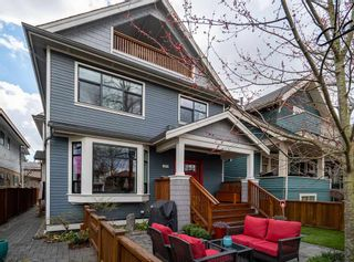 "Photo 16: 1816 E 14TH Avenue in Vancouver: Grandview VE 1/2 Duplex for sale in ""TROUT LAKE"" (Vancouver East)  : MLS®# R2354239"