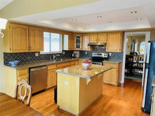 """Photo 4: 13381 MARINE Drive in Surrey: Crescent Bch Ocean Pk. House for sale in """"Ocean Park"""" (South Surrey White Rock)  : MLS®# R2546593"""