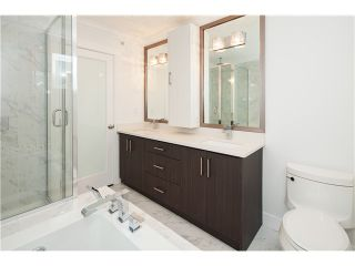 Photo 6: 575 E 45TH AV in Vancouver: Fraser VE House for sale (Vancouver East)  : MLS®# V1025692