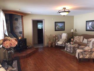 Photo 2: 12796 262 STREET in Maple Ridge: Websters Corners House for sale : MLS®# R2346923