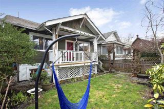 Photo 2: 555 E 12TH Avenue in Vancouver: Mount Pleasant VE House for sale (Vancouver East)  : MLS®# R2541400