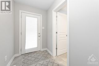 Photo 3: 84 STOCKHOLM PRIVATE in Ottawa: House for sale : MLS®# 1258634