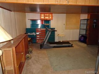 Photo 19: 14 OTTAWA Place in Regina: Churchill Downs Single Family Dwelling for sale (Regina Area 03)  : MLS®# 589785