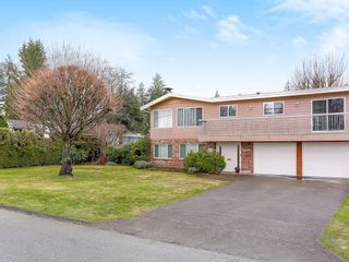 Photo 2: 325 MOUNT ROYAL DRIVE in Port Moody: College Park PM House for sale : MLS®# R2150829