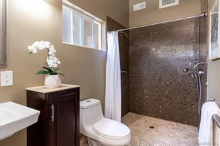 Photo 12: UNIVERSITY CITY House for sale : 3 bedrooms : 4512 PAVLOV AVE in San Diego
