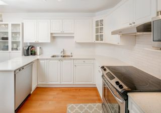 """Photo 8: 332 5735 HAMPTON Place in Vancouver: University VW Condo for sale in """"THE BRISTOL"""" (Vancouver West)  : MLS®# R2212569"""