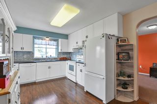 Photo 5: A 1111 Springbok Rd in : CR Campbell River Central Half Duplex for sale (Campbell River)  : MLS®# 871886