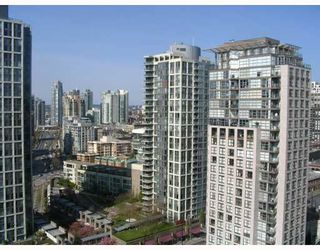 """Photo 2: 2509 939 EXPO Boulevard in Vancouver: Downtown VW Condo for sale in """"MAX 2"""" (Vancouver West)  : MLS®# V700944"""
