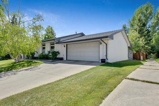 Photo 3: 463 Dalmeny Hill NW in Calgary: Dalhousie Detached for sale : MLS®# A1120566