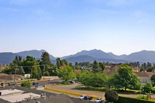 """Photo 9: 408 8531 YOUNG Road in Chilliwack: Chilliwack W Young-Well Condo for sale in """"AUBURN RETIREMENT"""" : MLS®# R2293451"""