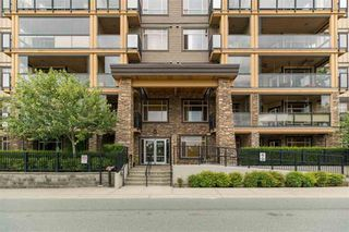 "Photo 1: 109 8258 207A Street in Langley: Willoughby Heights Condo for sale in ""YORKSON CREEK"" : MLS®# R2432746"