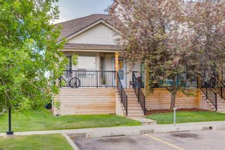 Main Photo: 21 Hidden Valley Villas NW in Calgary: Hidden Valley Row/Townhouse for sale : MLS®# A1148944