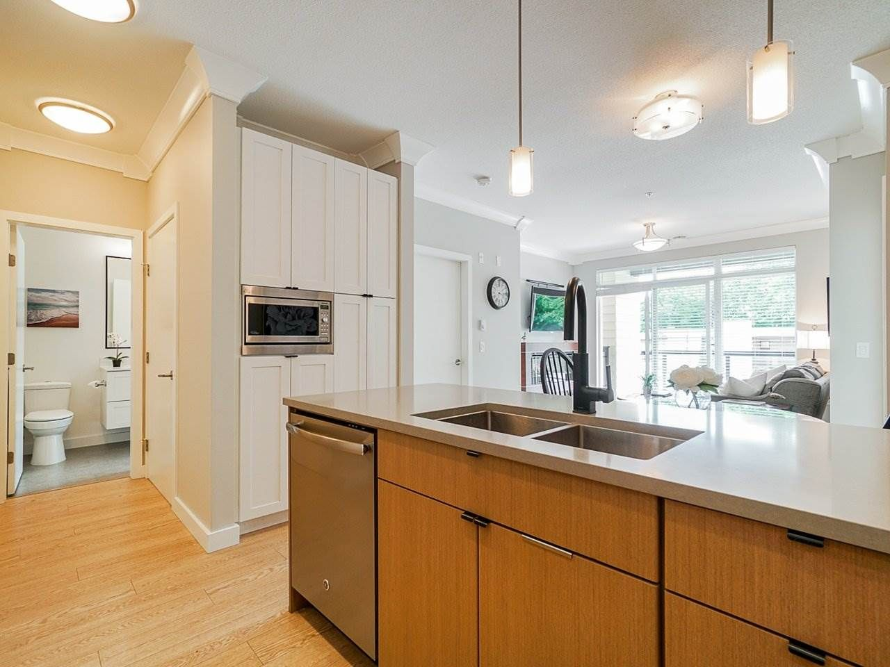 "Photo 14: Photos: 302 3205 MOUNTAIN Highway in North Vancouver: Lynn Valley Condo for sale in ""Mill House"" : MLS®# R2464769"