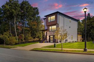 Photo 3: 112 Olive Avenue in West Bedford: 20-Bedford Residential for sale (Halifax-Dartmouth)  : MLS®# 202125651