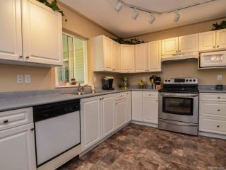 Photo 3: 2327 Galerno Rd in CAMPBELL RIVER: CR Willow Point House for sale (Campbell River)  : MLS®# 738098