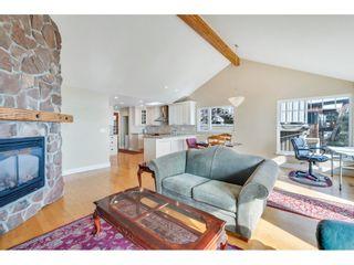 "Photo 6: 14591 GORDON Avenue: White Rock House for sale in ""West side Hillside"" (South Surrey White Rock)  : MLS®# R2543220"