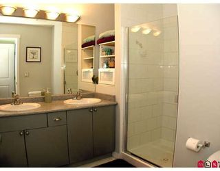 """Photo 3: 37 12711 64TH Avenue in Surrey: West Newton Townhouse for sale in """"PALETTE ON THE PARK"""" : MLS®# F2905934"""