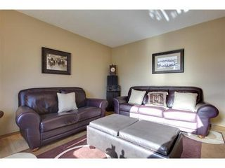 Photo 4: 4 HAULTAIN Place SW in Calgary: Bungalow for sale : MLS®# C3545547