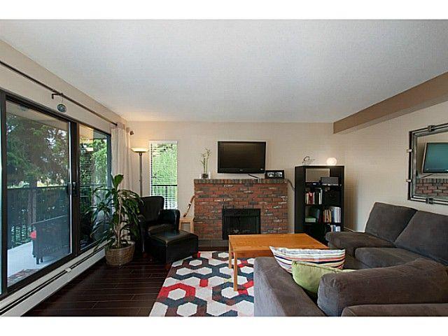 """Main Photo: 207 288 E 14TH Avenue in Vancouver: Mount Pleasant VE Condo for sale in """"Villa Sophia"""" (Vancouver East)  : MLS®# V1123603"""