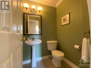Photo 15: 22 GREATWOOD CRESCENT in Ottawa: House for sale : MLS®# 1258576