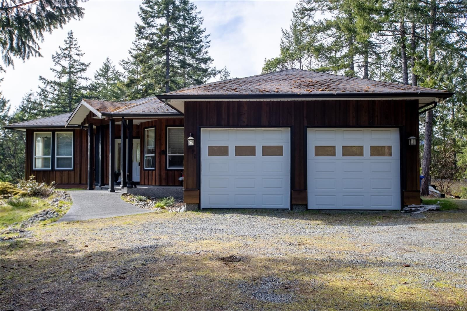 Main Photo: 2391 Damascus Rd in : ML Shawnigan House for sale (Malahat & Area)  : MLS®# 869155