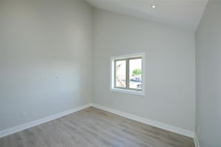 Photo 14: 870 E 58TH Avenue in Vancouver: South Vancouver 1/2 Duplex for sale (Vancouver East)  : MLS®# R2443713