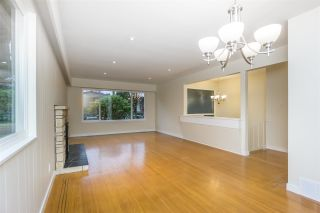 Photo 6: 1376 E 60TH Avenue in Vancouver: South Vancouver House for sale (Vancouver East)  : MLS®# R2521101
