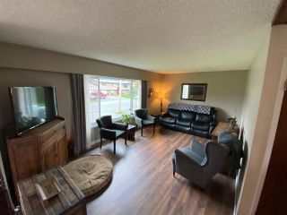 Photo 2: 45235 ROSEBERRY Road in Chilliwack: Sardis West Vedder Rd House for sale (Sardis)  : MLS®# R2592446