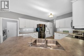 Photo 9: 1 IRONWOOD Crescent in Brighton: House for sale : MLS®# 40149997