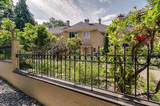 Photo 5: 1524 Shasta Pl in Victoria: Vi Rockland House for sale : MLS®# 882939