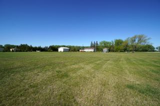 Photo 55: 66063 Road 33 W in Portage la Prairie RM: House for sale : MLS®# 202113607