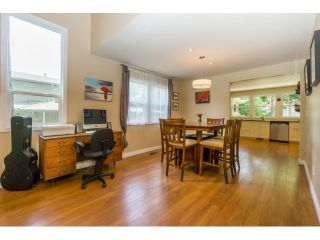 """Photo 6: 12597 20TH Avenue in Surrey: Crescent Bch Ocean Pk. House for sale in """"Ocean Park"""" (South Surrey White Rock)  : MLS®# F1442862"""