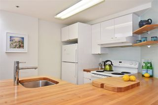 """Photo 8: 402 2023 FRANKLIN Street in Vancouver: Hastings Condo for sale in """"Leslie Point"""" (Vancouver East)  : MLS®# R2152702"""