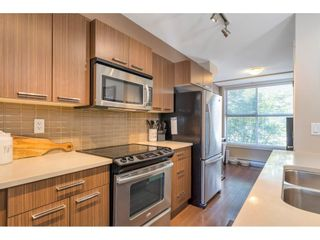 """Photo 3: 220 2110 ROWLAND Street in Port Coquitlam: Central Pt Coquitlam Townhouse for sale in """"AVIVA ON THE PARK"""" : MLS®# R2598714"""