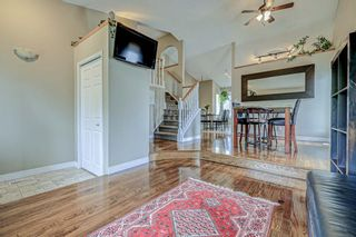 Photo 9: 871 Riverbend Drive SE in Calgary: Riverbend Detached for sale : MLS®# A1151442