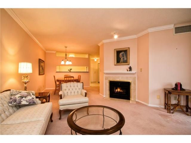 """Photo 4: Photos: 307 121 W 29TH Street in North Vancouver: Upper Lonsdale Condo for sale in """"SOMERSET GREEN"""" : MLS®# V1054924"""