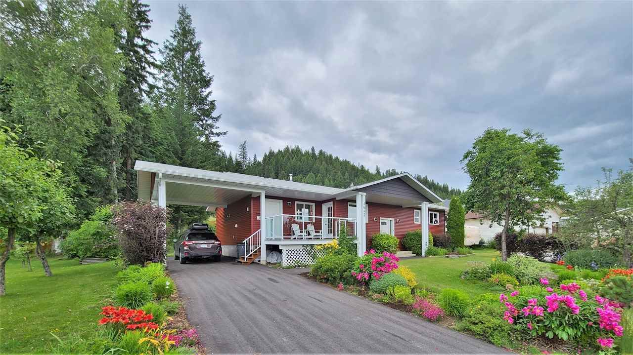 """Main Photo: 4642 NEWGLEN Place in Prince George: North Meadows House for sale in """"NORTH MEADOWS"""" (PG City North (Zone 73))  : MLS®# R2473821"""