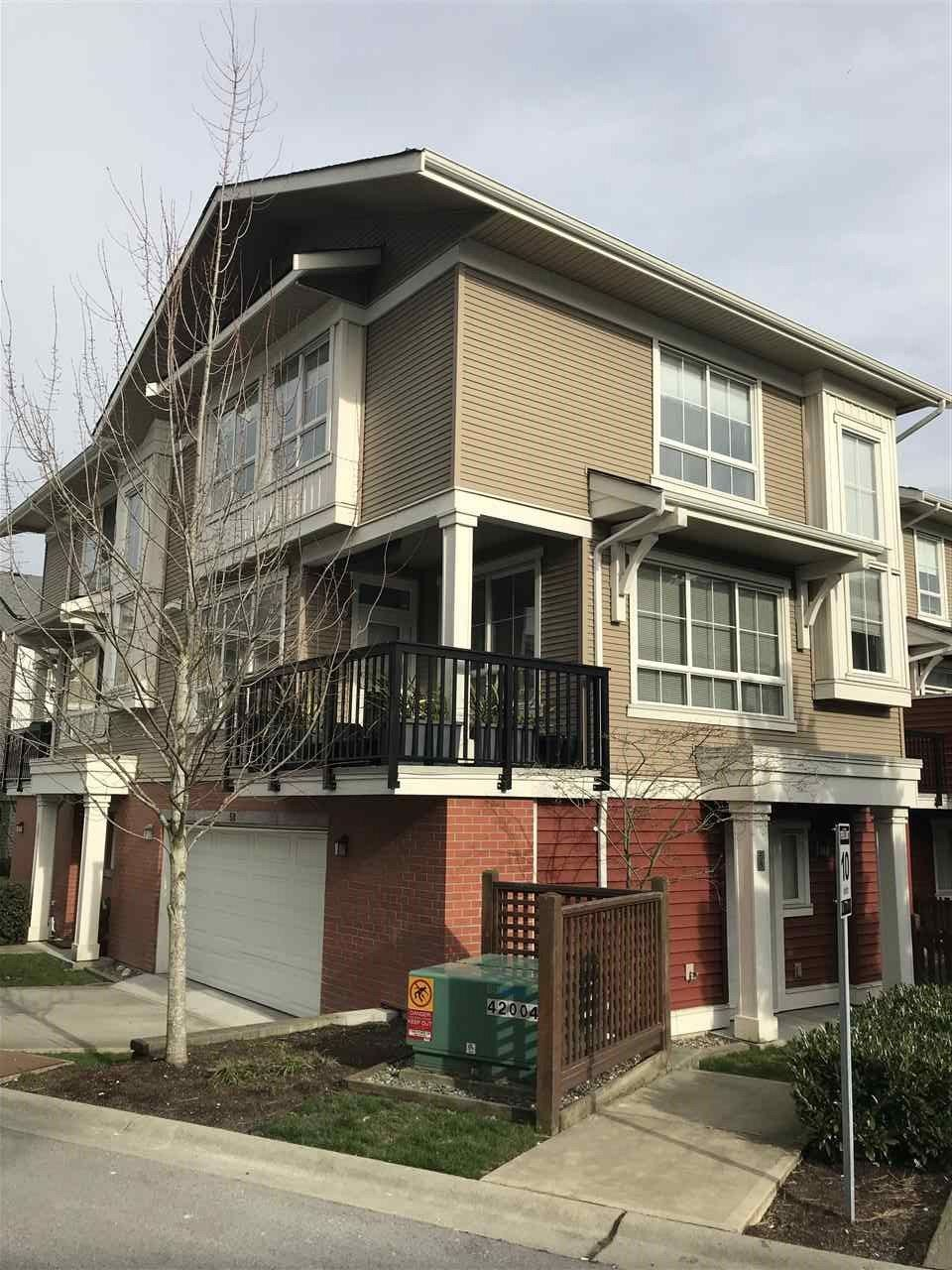"""Main Photo: 58 19505 68A Avenue in Surrey: Clayton Townhouse for sale in """"Clayton Rise"""" (Cloverdale)  : MLS®# R2239007"""