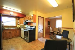 Photo 5: 136 Grassie Boulevard in Winnipeg: Residential for sale (3H)  : MLS®# 1927034