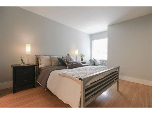 Photo 11: Photos: 103 925 W 15TH Avenue in Vancouver: Fairview VW Condo  (Vancouver West)  : MLS®# V1112385