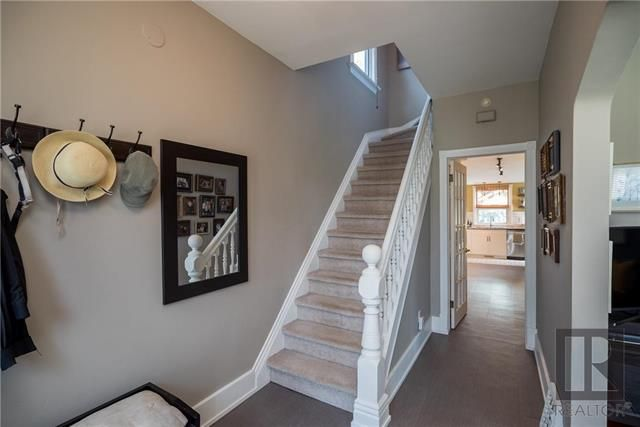 Photo 2: Photos: 127 Bannerman Avenue in Winnipeg: Scotia Heights Residential for sale (4D)  : MLS®# 1823869