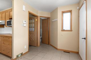 Photo 11: 5616 Main Street in St Andrews: R13 Residential for sale : MLS®# 202123812