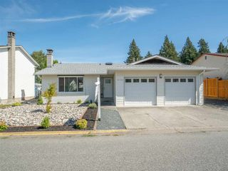 """Photo 28: 6172 DUNDEE Place in Chilliwack: Sardis West Vedder Rd House for sale in """"Dundee Place"""" (Sardis)  : MLS®# R2464587"""