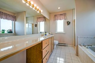 Photo 10: 27 72 JAMIESON Court in New Westminster: Fraserview NW Townhouse for sale : MLS®# R2346074